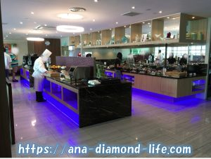 SATS Premier Club Lounge buffet
